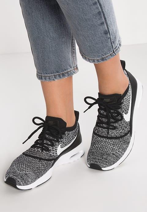 chaussure nike femme air max thea