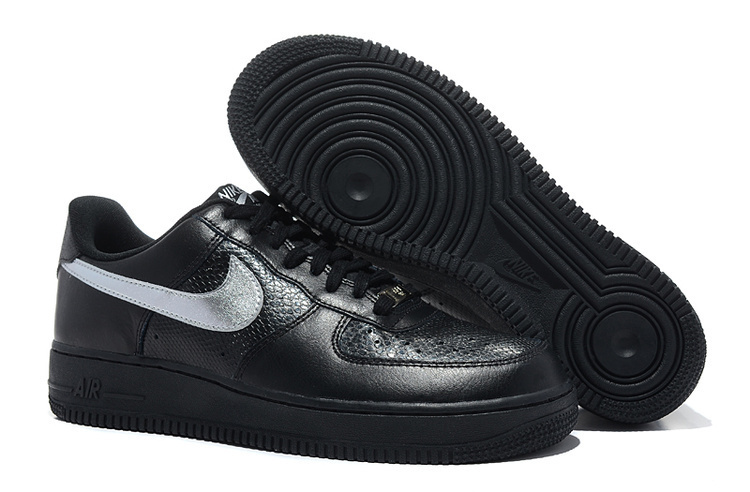 chaussure nike homme air force one noir